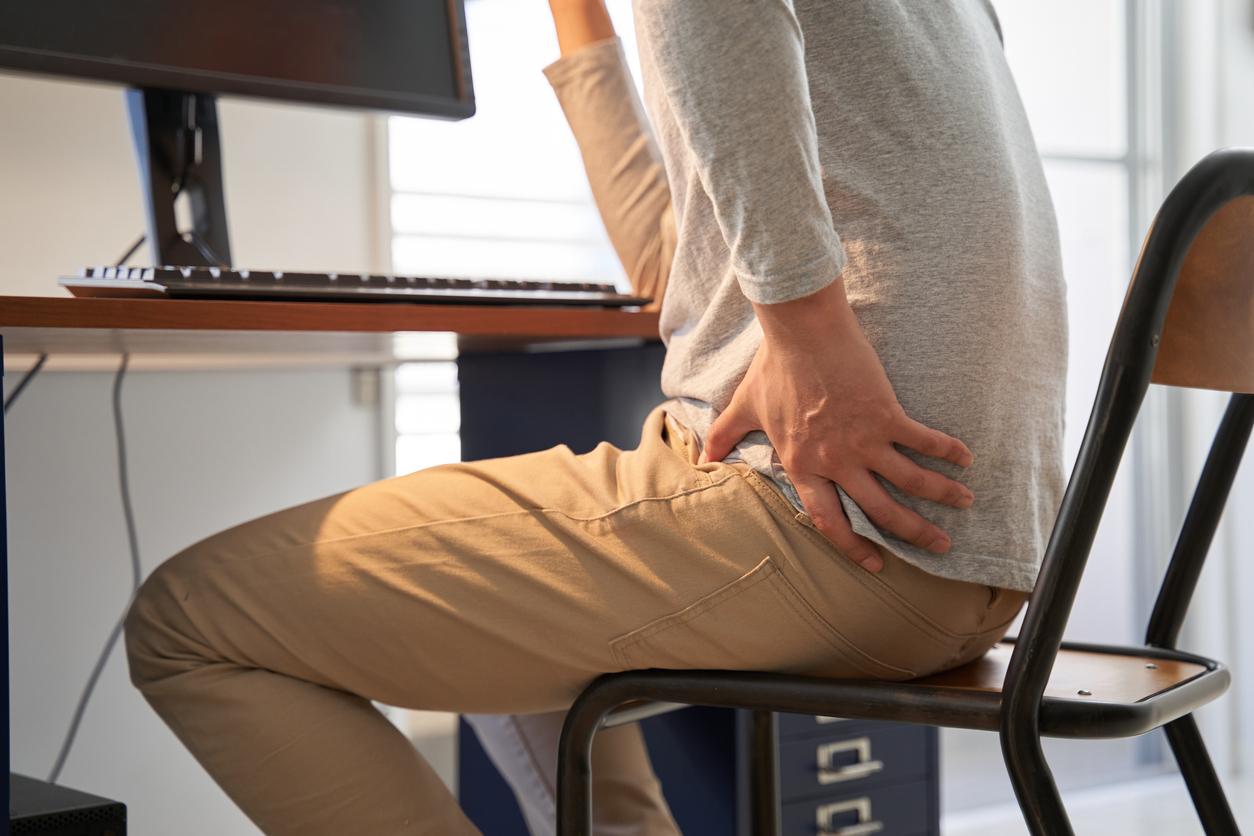 Man experiencing pain from hip bursitis